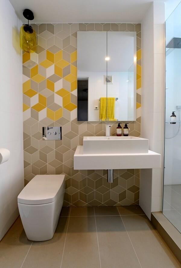 Cần đặt các thiết bị vệ sinh phù hợp với diện tích của phòng tắm
