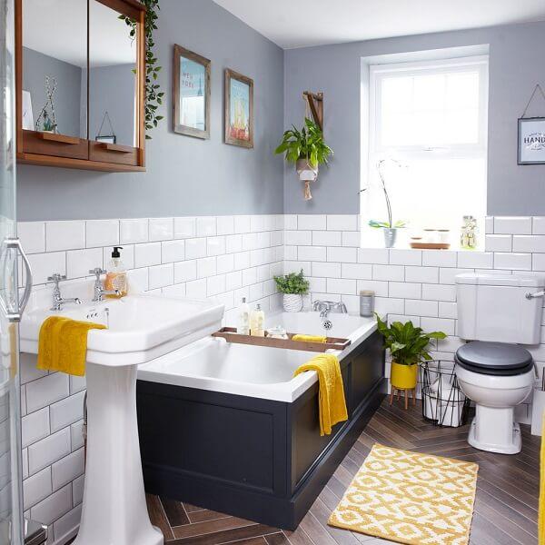 Đừng để cây trong nhà vệ sinh bị dính với bột xà phòng